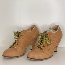 Load image into Gallery viewer, Vivienne Westwood Worlds End Tracey Trainers Natural Leather w/ Natural Stripes