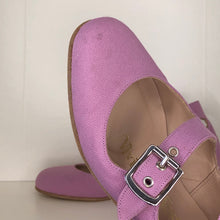 Load image into Gallery viewer, Vivienne Westwood Gold Label Roman 3-Strap Flat Sandal Shoes in Lilac Canvas