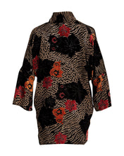 Load image into Gallery viewer, Zogga silk kimono wrap