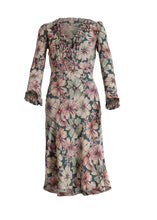 Load image into Gallery viewer, Maggan dress - Amazing flower