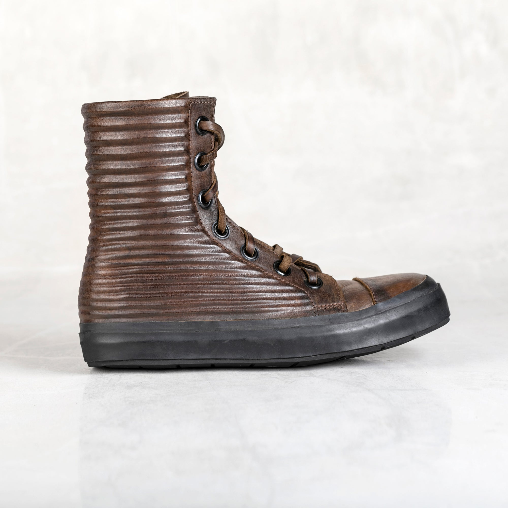 Apollo Short Boot - Walnut