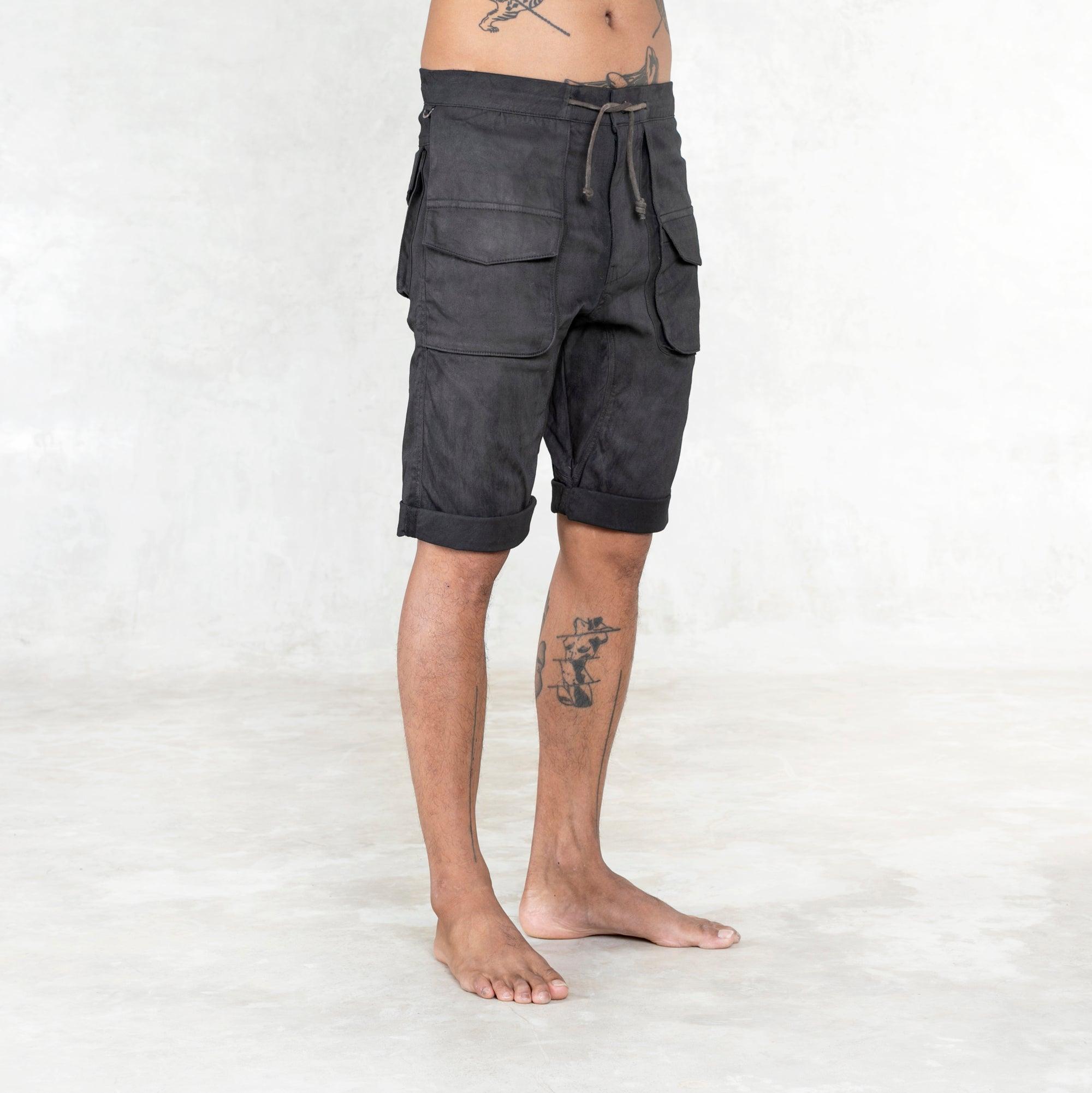 Grit Shorts - Black Walnut