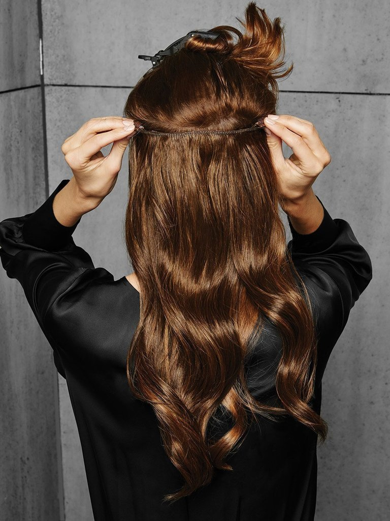 Clip-In Wavy Hair Extension