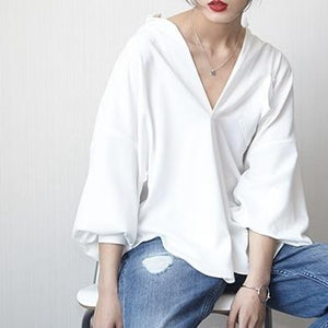 LANMREM 2018 Autumn Summer Big V Collar Solid Full Batwsleeve All-match Loose Casual Sexy Temperament Shirt Women Q41200-noashe