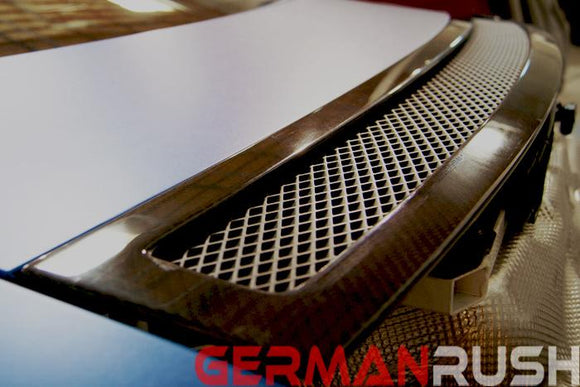 Wind Deflector for Audi R8 2007-2015 in Carbon Fiber or Fiberglass