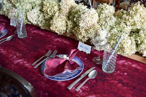 Burgundy Marbleized Cotton Table Setting for Thanksgiving and Fall