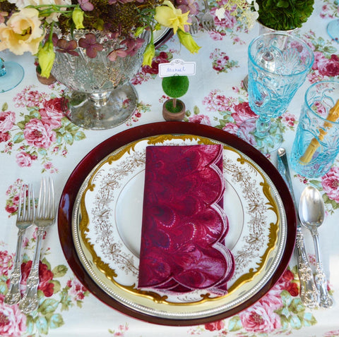 Thanksgiving Table Ideas with green pink burgundy blue