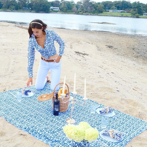 Blue & White Tablecloth Chefanie