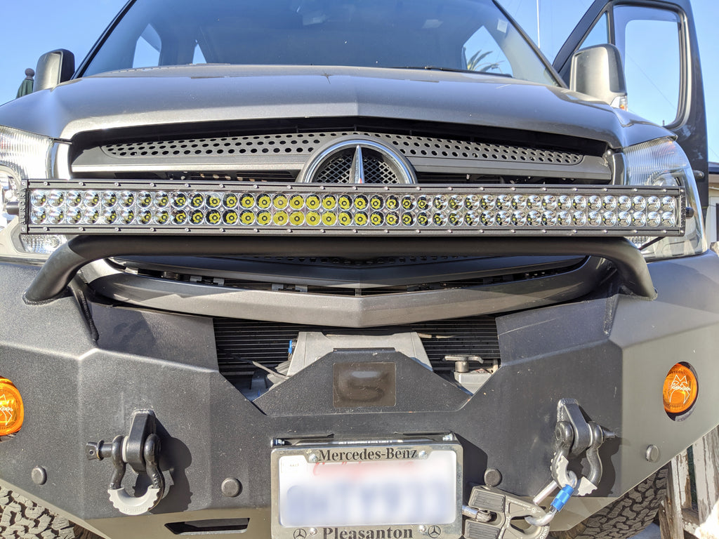 Mercedes sprinter van aurora led light bar