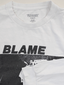 "Playera Pleasures ""Blame"""