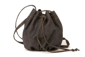 Bucket bag in denim
