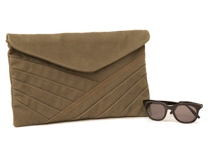Clutch bag in canvas