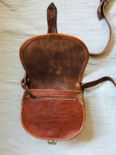 Load image into Gallery viewer, Leather Bag Tan