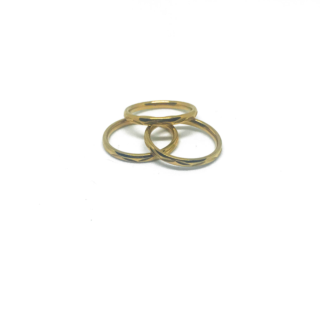 Cleo Dainty Ring- Gold