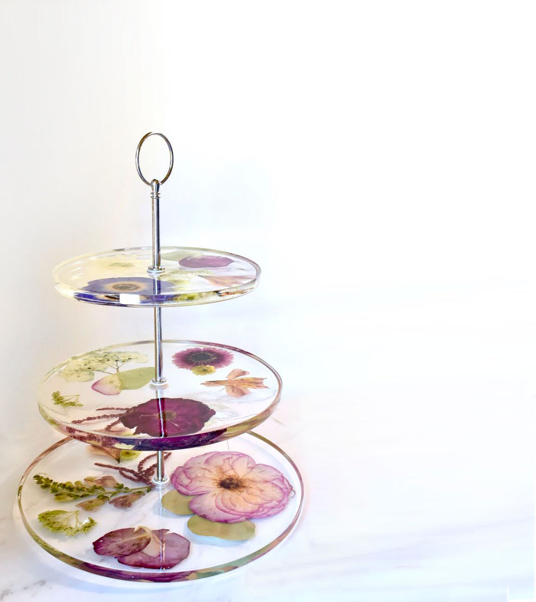 Dried Flower Cake Stand