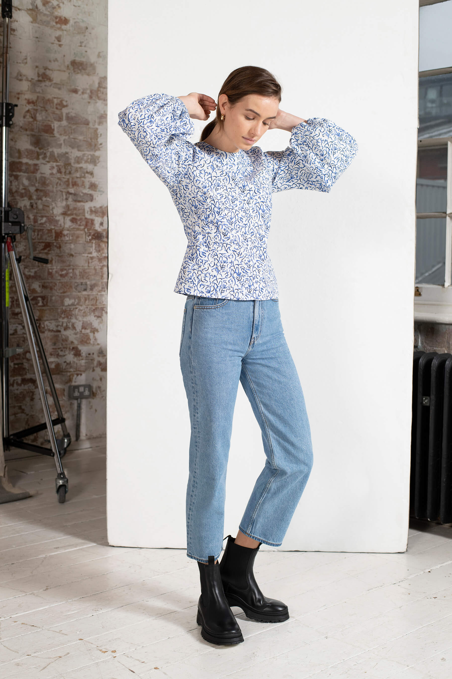 BCI Cotton Blouson Sleeve Top in Blue Squiggle Floral