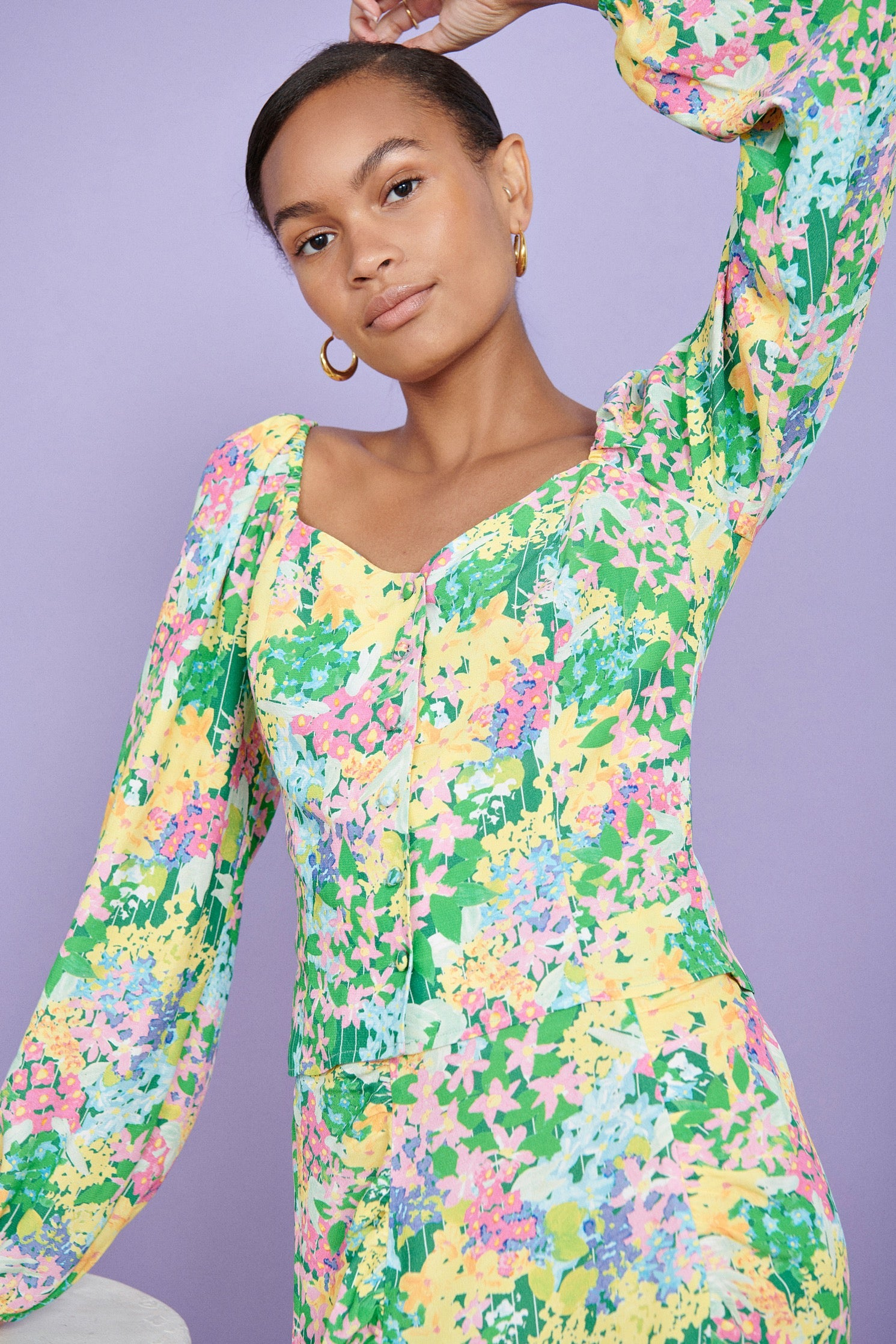 FSC Viscose Meadow Floral Sweetheart Neck Button Front Top