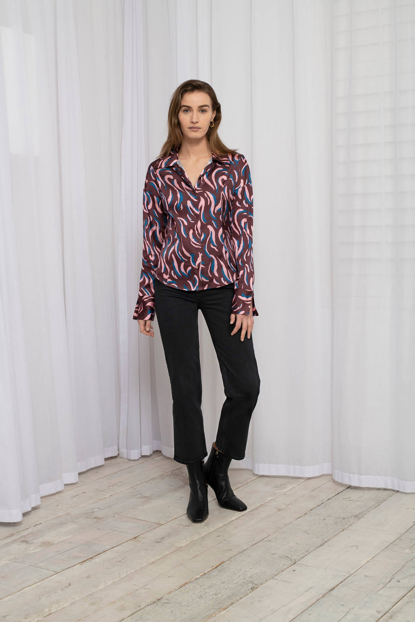 Recycled Polyester Fitted Blouse with Cuff Split Detail in Abstract Animal Print