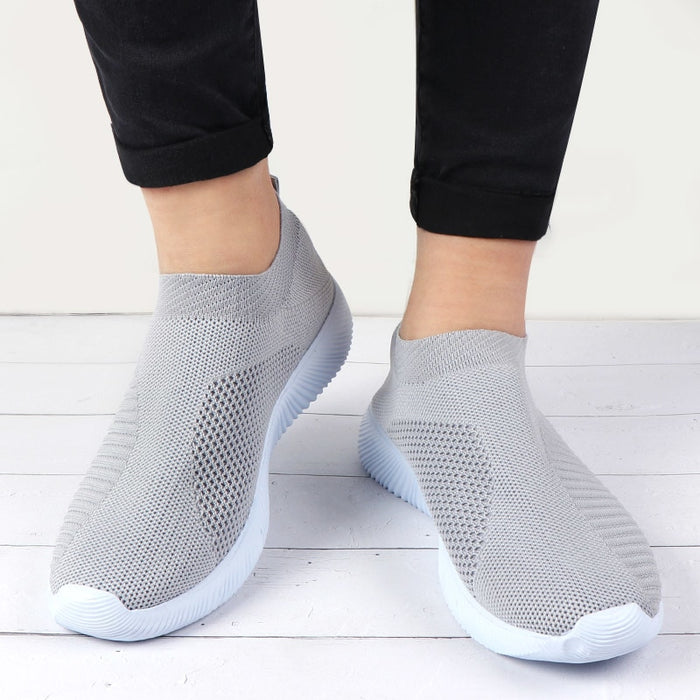 Knitted Vulcanized Casual Slip On Ladies Flat Shoe