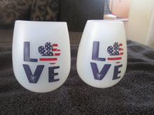 Load image into Gallery viewer, Stemless Silicone Wine Glass Shatterproof Beverage Cup Love Paw Print Patriotic