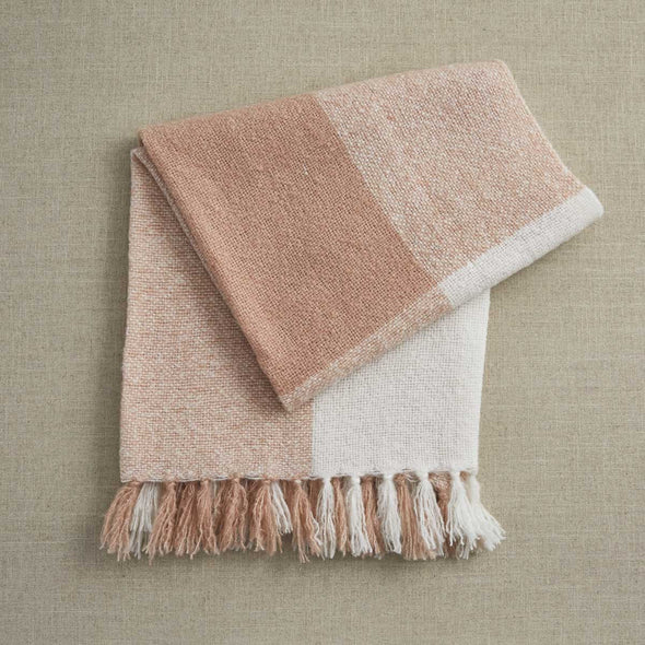 Kinsey Throw Blush