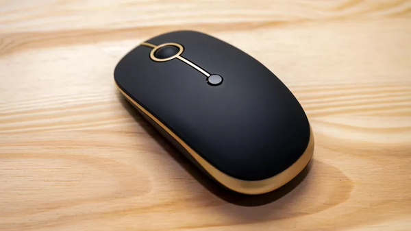 CNET:Low-cost dual wireless Jelly Comb MS003 Dual Mode mouse