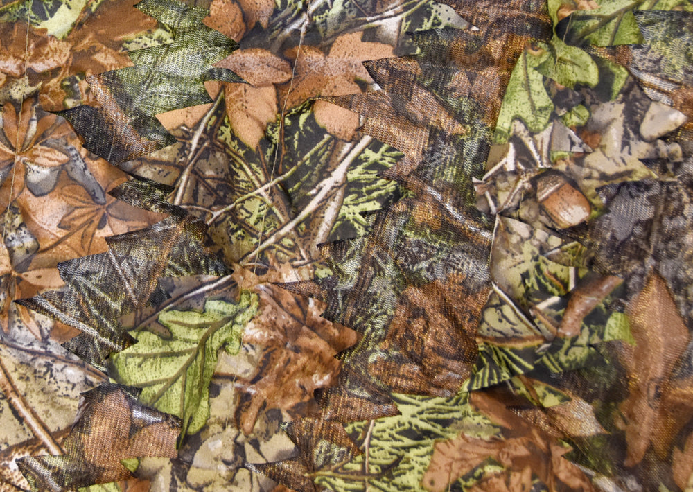 Quick use lightweight camouflage covers for wildlife photography, nature photography and surveillance