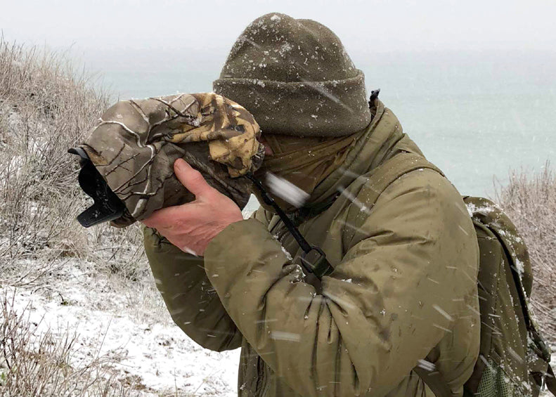 Waterproof and insulated camera covers, camera weather protection. Camera camouflage, camera rain covers, camera dust and snow covers. Nature photography, wildlife photography and outdoor photography protecting your outdoor photography gear and long lenses. Cold weather camera covers, winter photography, Antarctica camera protection. Snow and bad weather photography