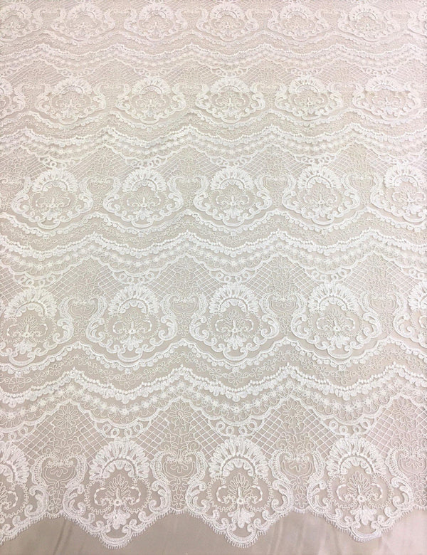 Scalloped embroidery (W31374) Ivory