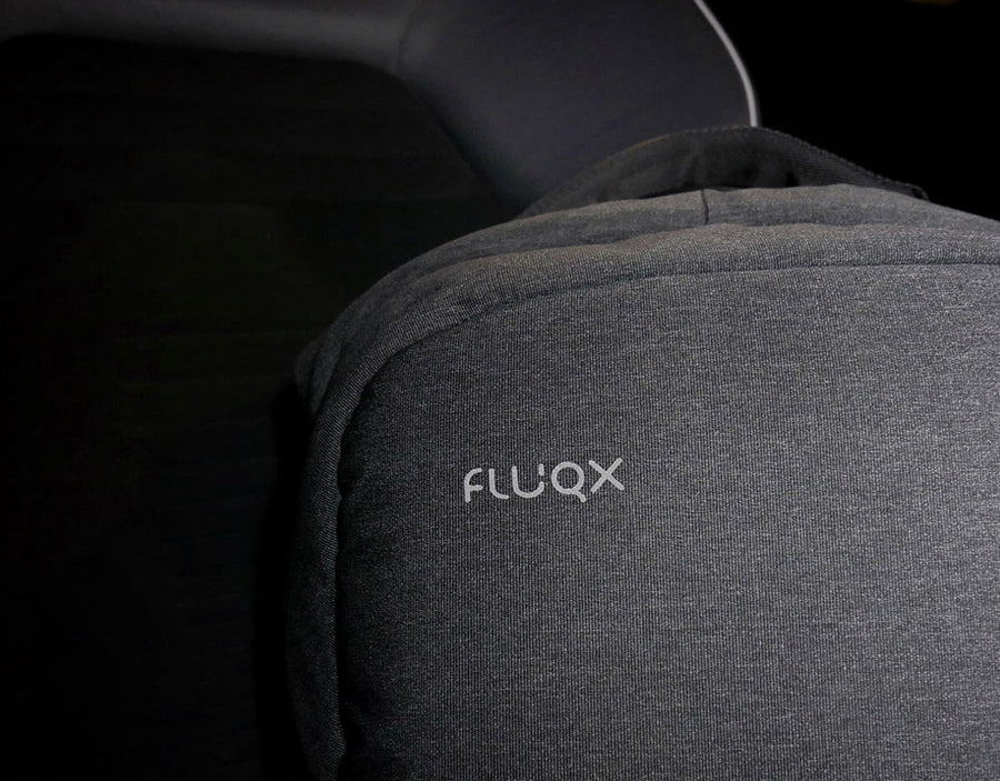 Fluqx Techpack in Car Seat