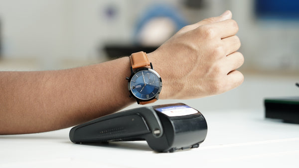 Muse Hybrid smartwatch with NFC Payments