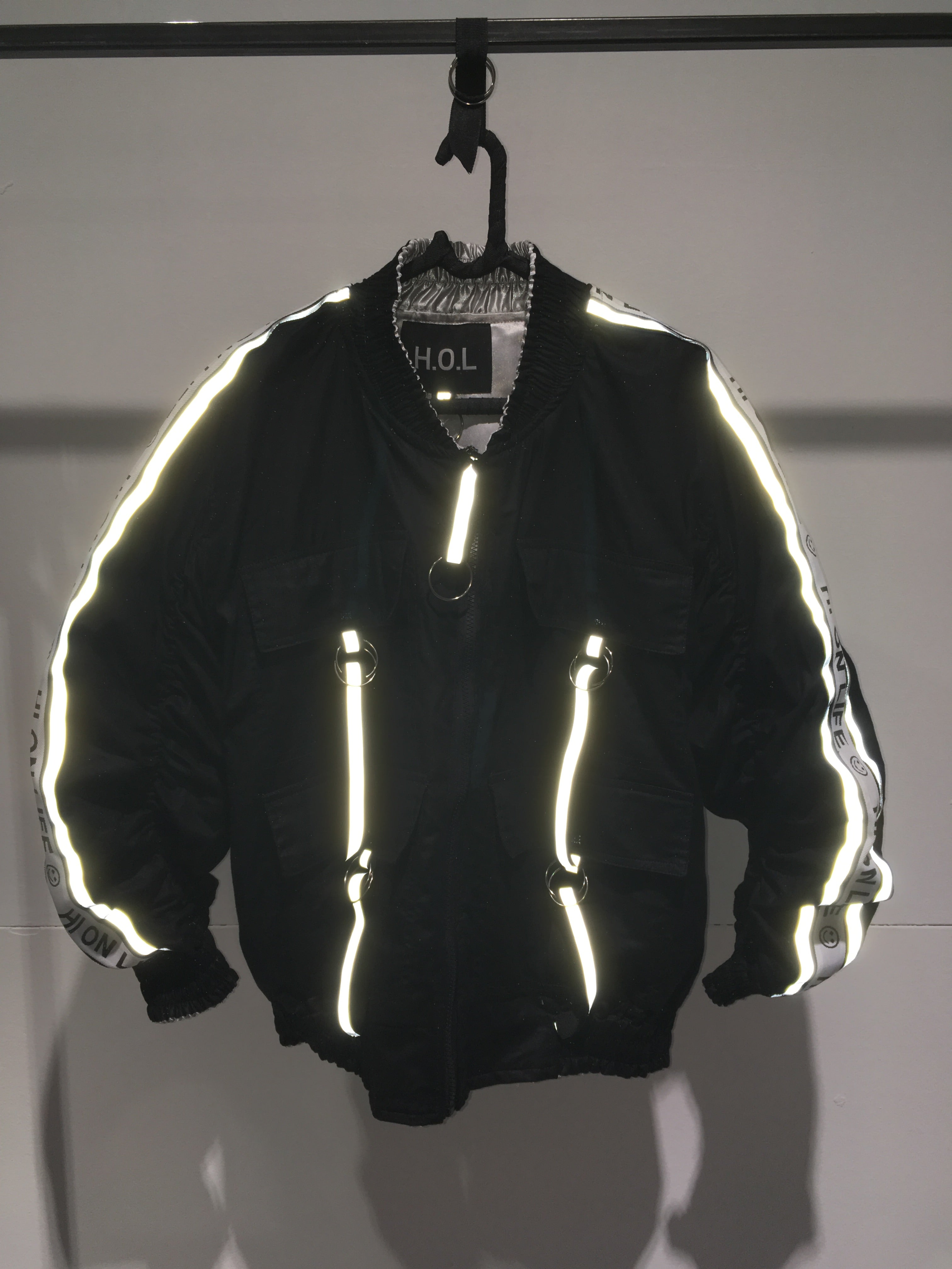 2.0.7_1 SILVER/REFLEXTION REVERSIBLE BOMBER JACKET