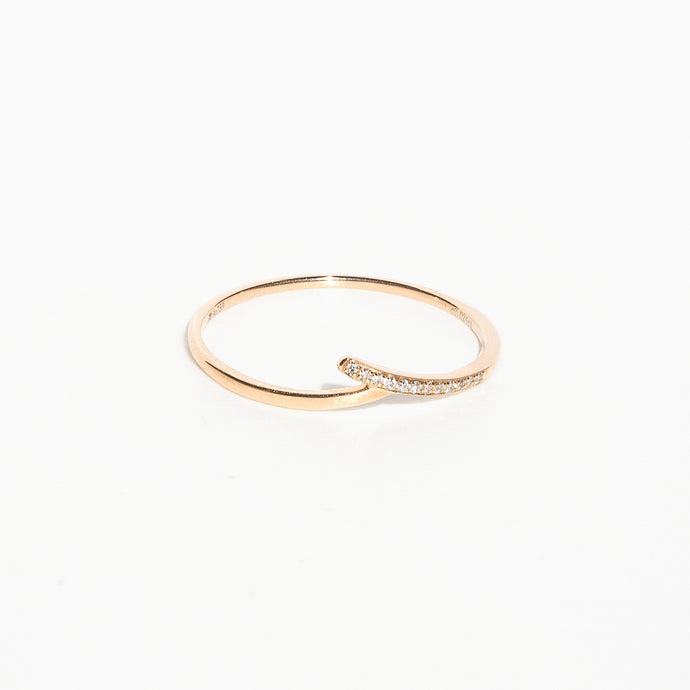 Skim Knot Diamond Ring