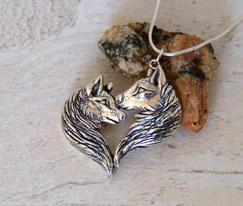 Sterling silver Love Wolves pendant
