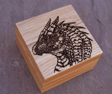 Load image into Gallery viewer, Gringor Solid Oak 9cm Wooden Box