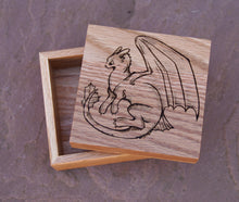 Load image into Gallery viewer, Toothless Solid Oak 9cm Wooden Box
