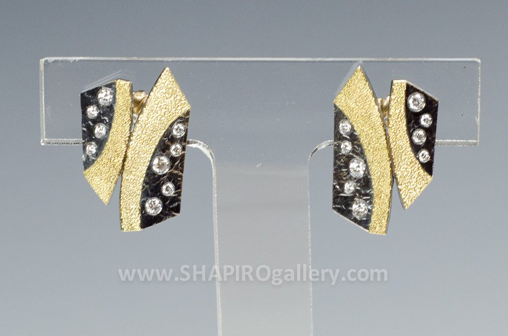 Cyclone Earrings with White Diamonds