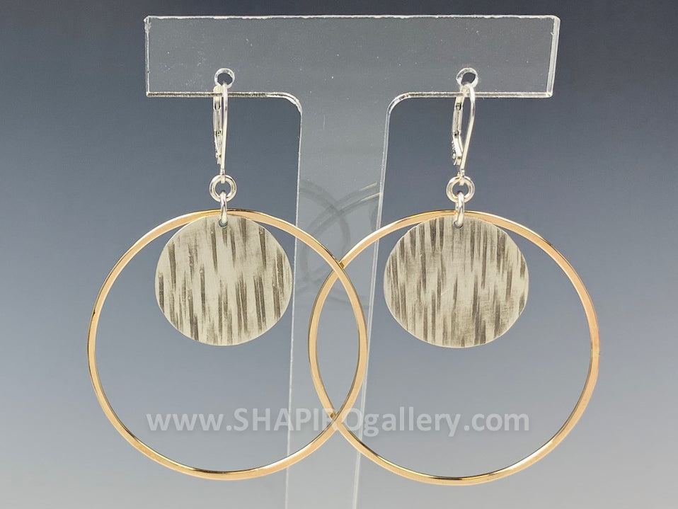 Etched Disc in a Gold Hoop Earrings