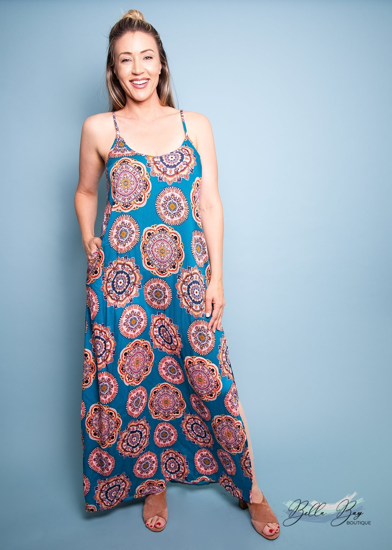 Paisley Raye Pineapple Lily- Teal Medallion (S) - Paisley Raye with Bella Bay Boutique, shop now at  https://shopbellabay.com/ or locally in Newport Oregon