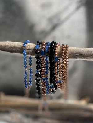 Rose Gold Kyanite Bracelet by OM.Theplacement 藍晶石
