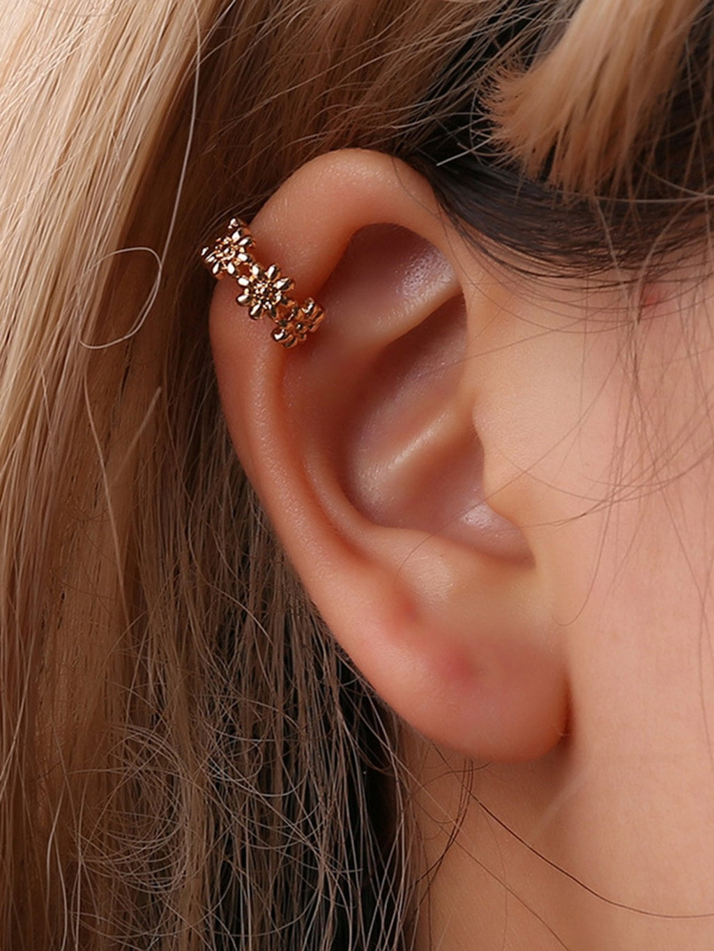 Flower Shaped Metal Ear Cuff 1pc FD