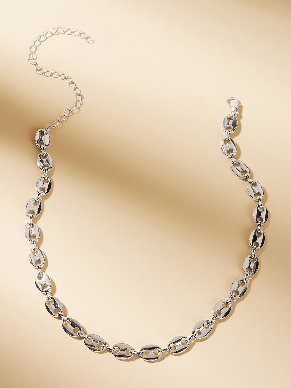 Hollow Out Oval Decor Choker 1pc (4249055789126)