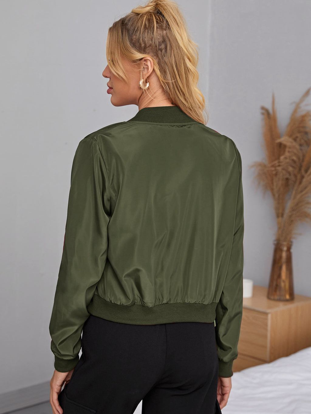 Zipper Detail Solid Bomber Jacket Army Green FD