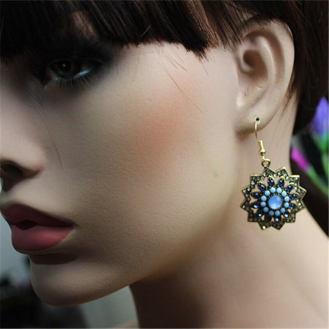 Hot sale fashionable female ornament wholesale girl's birthday party beautiful and elegant make old earring