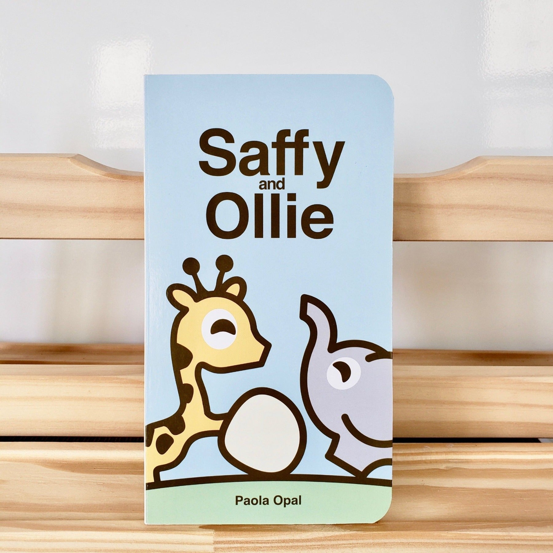 Cute Children Books | Simply Small Series by Paola Opal: Saffy and Ollie front cover
