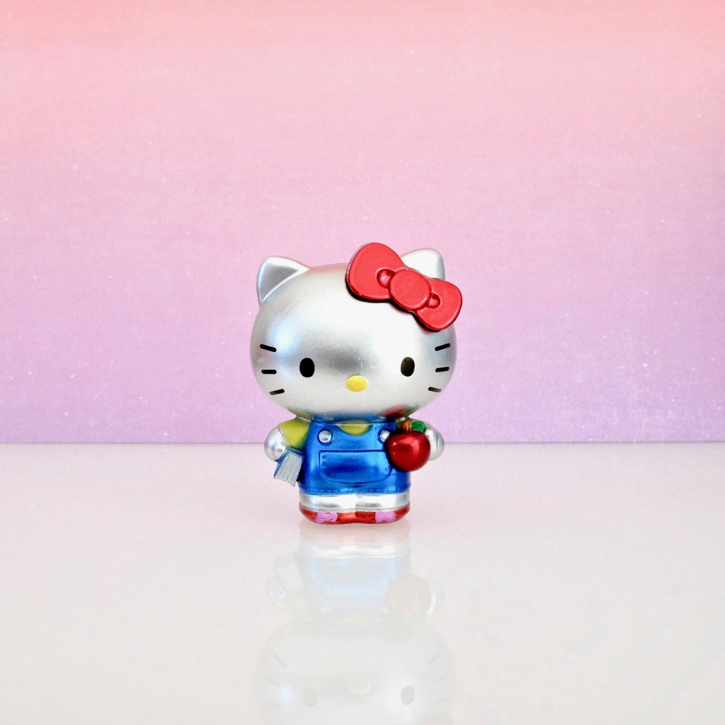 unboxed Classic Hello Kitty Metalfig front view