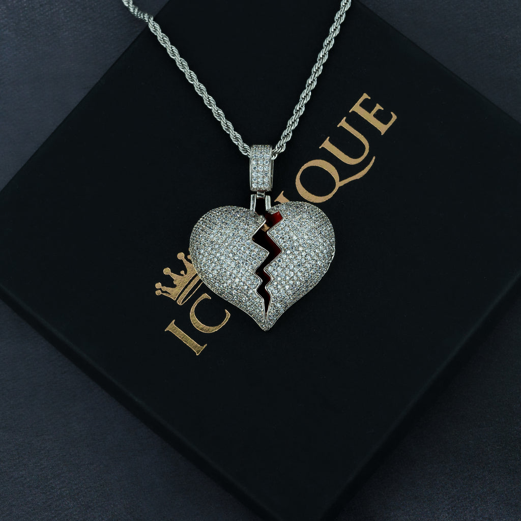 Frozen Heart Pendant w/ Rope Chain