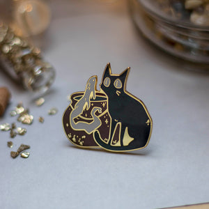 Meeting A Friend | Enamel Pin - Aurigae Art &Illustration