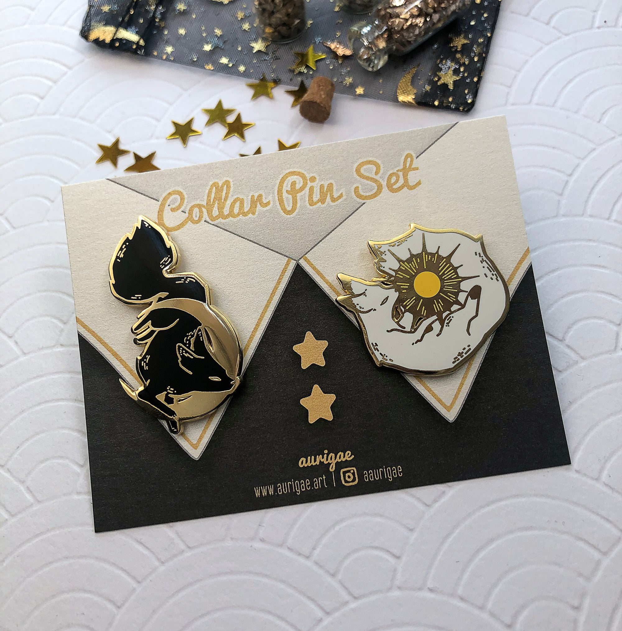 Set Suneater & Mooneater | Enamel Pin - Aurigae Art &Illustration