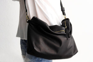 Leather cross-boby bag / SHOULDER BAG made of italian leather. Silvie leather shoulder bag